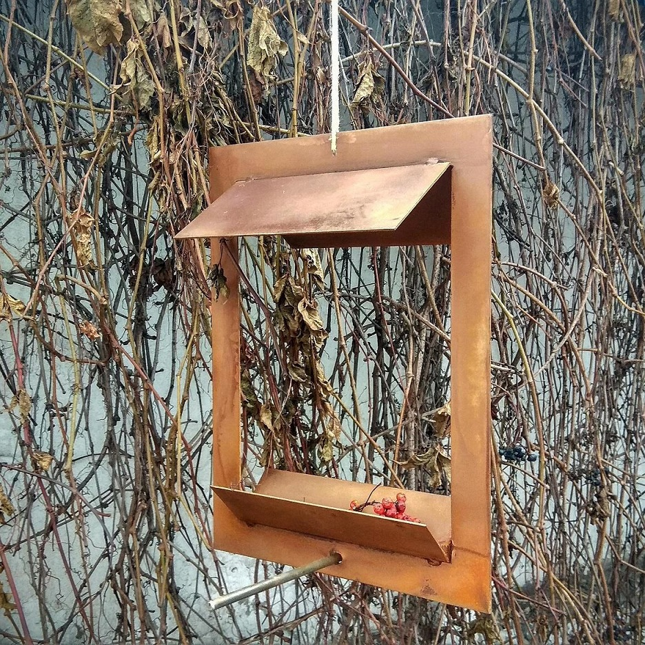 Кормушка для птиц из cor-ten steel Bird feeder 1